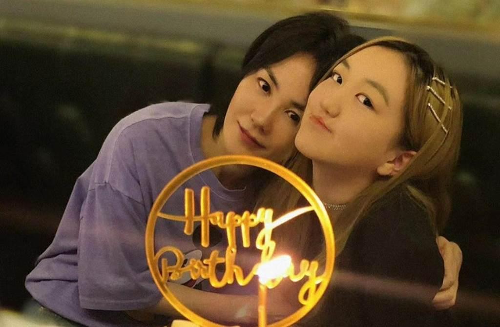 王菲愛女李嫣5月過15歲生日。
